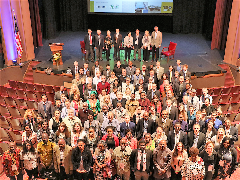 Participants and panelists of the Scale Up Conference pose for a group photograph. (Photo: Courtesy of Purdue University)