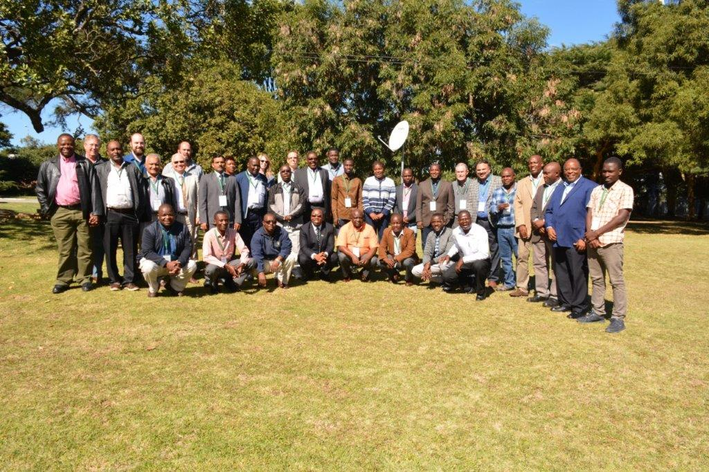 Group photo during the IMIC-Africa inception workshop in Harare, Zimbabwe, in May 2018. (Photo: CIMMYT)