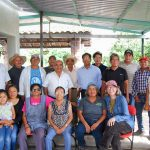Denise Costich (front right, sitting) poses for a photo with Tonahuixtla residents and members of the Totomoxtle project. (Photo: Provided by Denise Costich/CIMMYT)