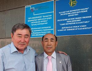 Muratbek Karabayev, CIMMYT Representative in Kazakhstan (left) and Auyezkhan K. Darinov, President–Chairman, Republic Public Union of Farmers of Kazakhstan.