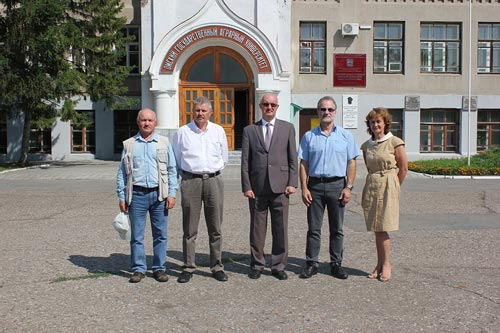 Left to right: Vladimir Shamanin, Alex Morgounov, Sergey Petukhovskiy, Hans Braun, and Nina Kazydub.
