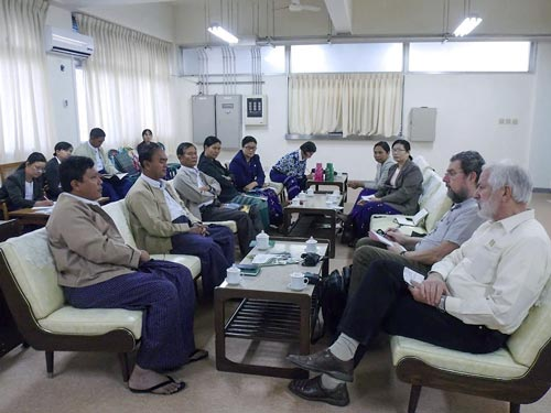 Collaboration discussion with DAR officials in Yezin.