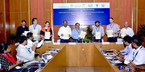 Workshop participants and facilitators. Photo: CIMMYT