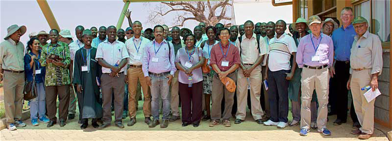 Participants of the doubled-haploid maize breeding workshop. B. Wawa/CIMMYT