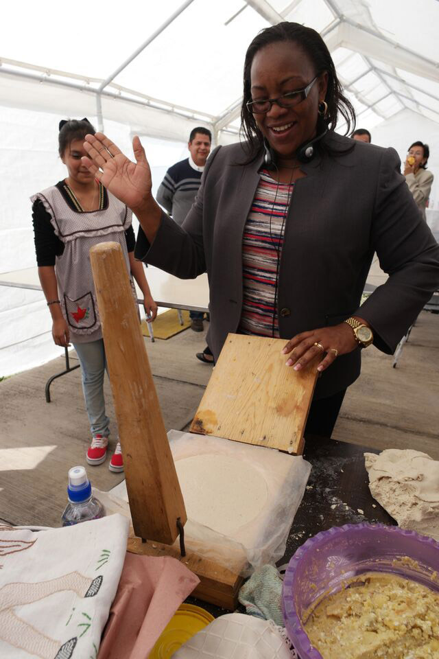 Sicily Kariuki presses a perfect tortilla. Photo: Sam Storr/CIMMYT