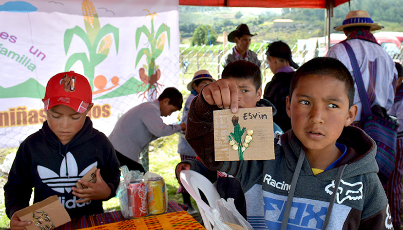 Social inclusion activities were conducted with Mayan children. Photo: Rachael Cox and Nadia Rivera/Buena Milpa.