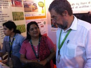 CIMMYT Country Representative Etienne Duveiller and Meenakshi Chandiramani, CIMMYT-India office manager at the BISA-CIMMYT stall. Photo: RS Tripathi/CIMMYT