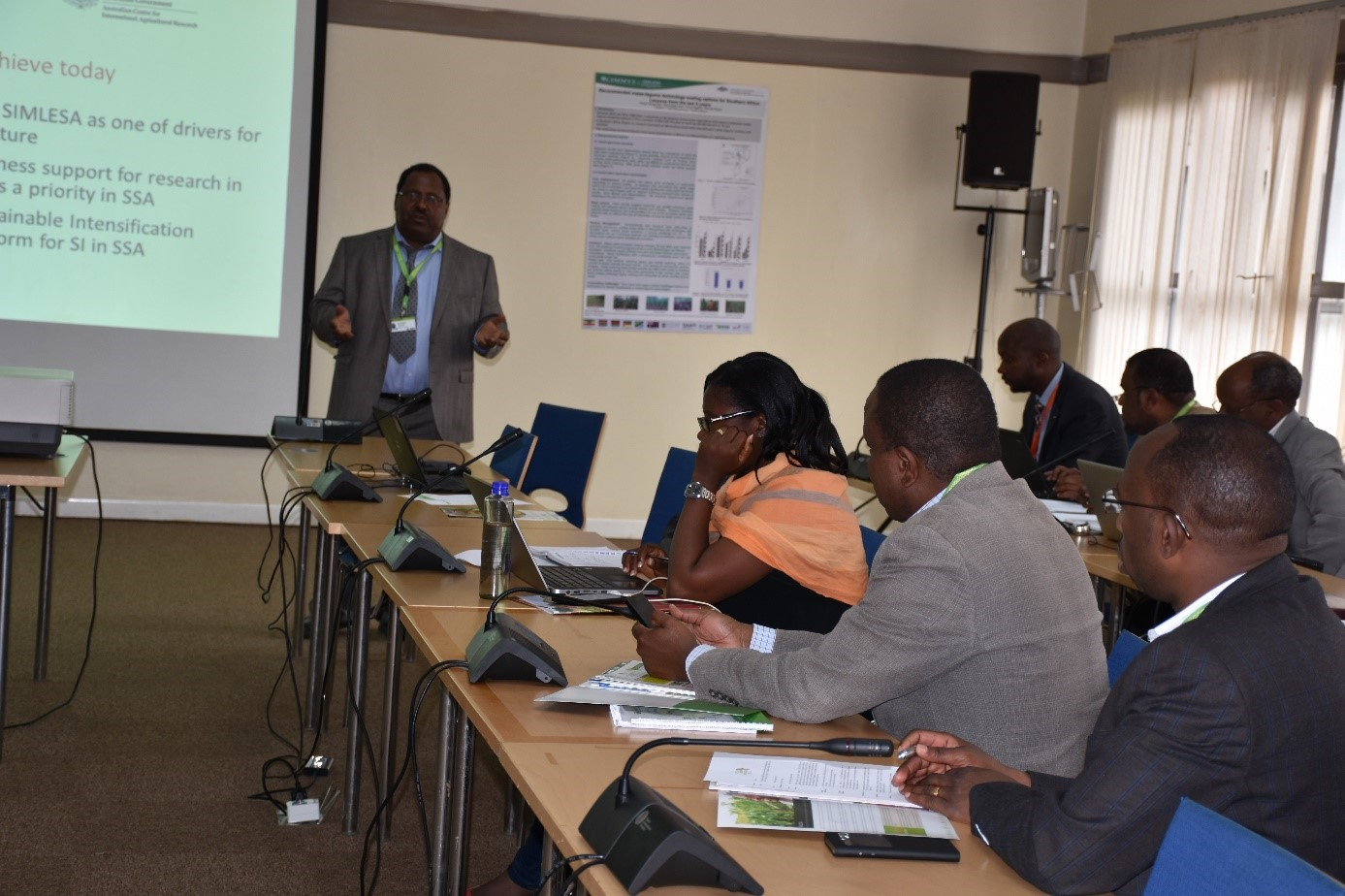 Mulugetta Mekuria, project leader of SIMLESA, makes a presentation focusing on SIMLESA's work. Photo: B. Wawa/CIMMYT