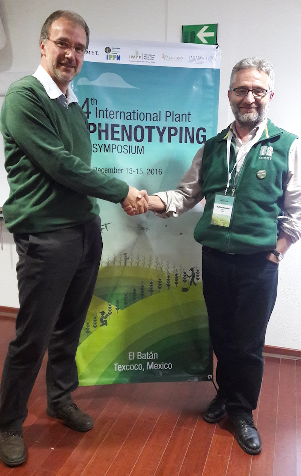 Ulrich Schurr (left), of Germany's Forschungszentrum Jülich research center and chair of the International Plant Phenotyping Network (IPPN), and Matthew Reynolds, wheat physiologist of the International Maize and Wheat Improvement Center (CIMMYT), are promoting global partnerships in phenotyping to improve critical food crops, through events like the recent International Crop Phenotyping Symposium. Photo: M.Listman/CIMMYT