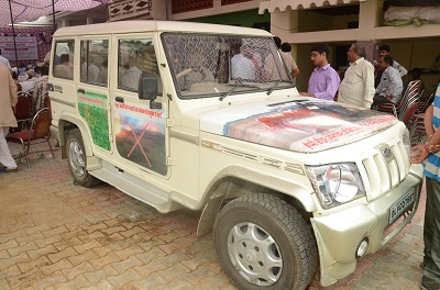 Climate Smart Van launched to widespread knowledge and adoption. Photo: CIMMYT.