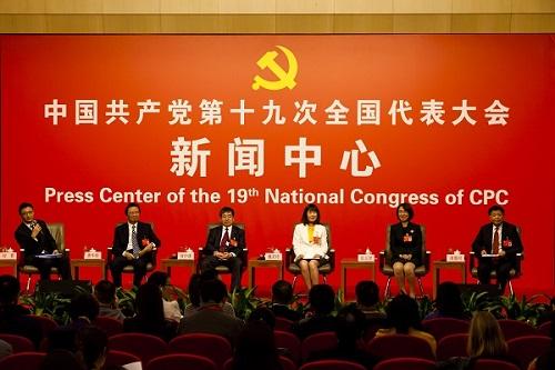 Left to Right: Mr Jin Liu (chairperson), Dr Huajun Tang (CAAS president), Dr Zhonghu He (CIMMYT scientist), Lingling Wei (CAAS scientist), Yijun Shen (MOA scientist), Jihe Ling, farmer from Jiangxi province.