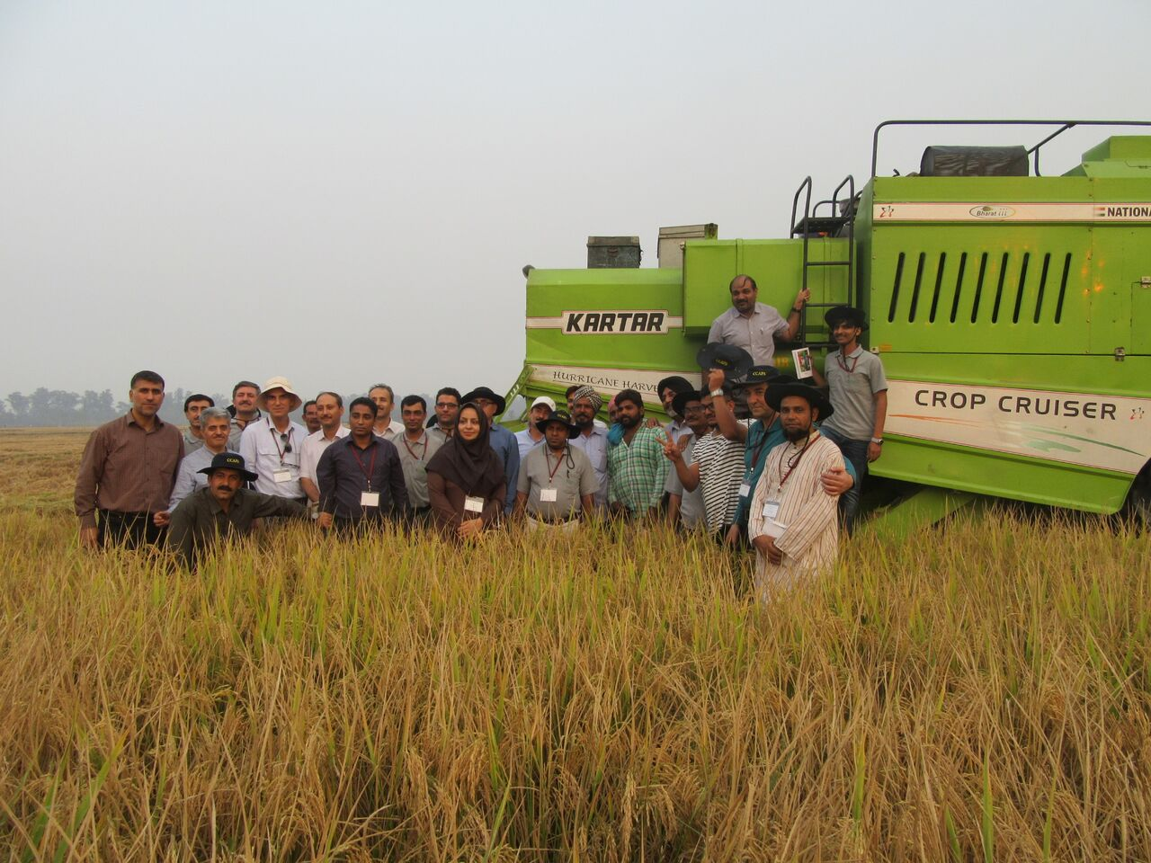 """Field training at the """"Advanced Course on Conservation Agriculture."""" Photo: BISA/Singh, L.K."""